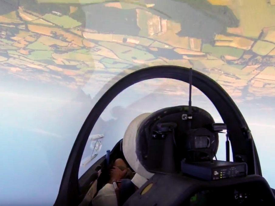 Gliding at Lasham thumbnail